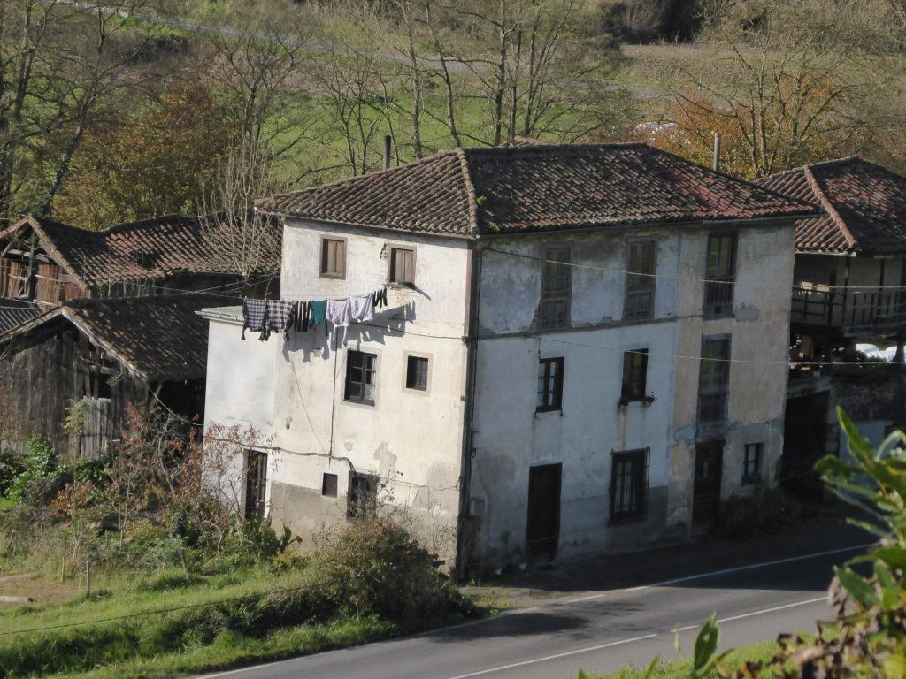 Casa Anton. La Taberna. ES-07
