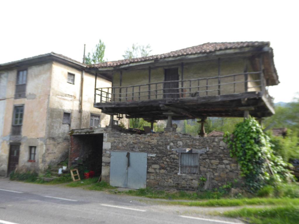 Panera. Casa Anton. La Taberna. ES-07